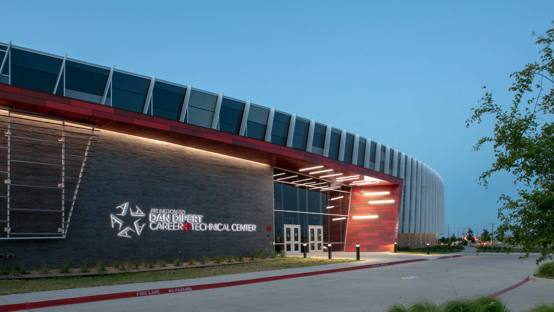 Arlington Career Center >> Award-Winning Design | VLK Architects